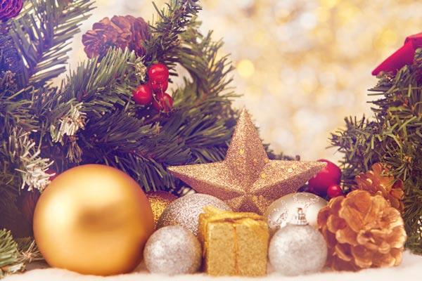 Make Your Own Christmas Grotto